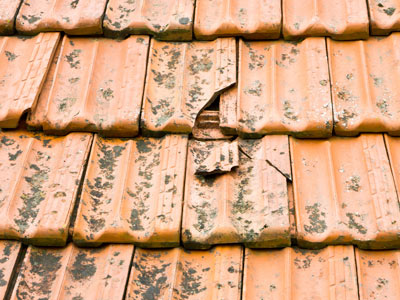 Cracked roof tile replacement
